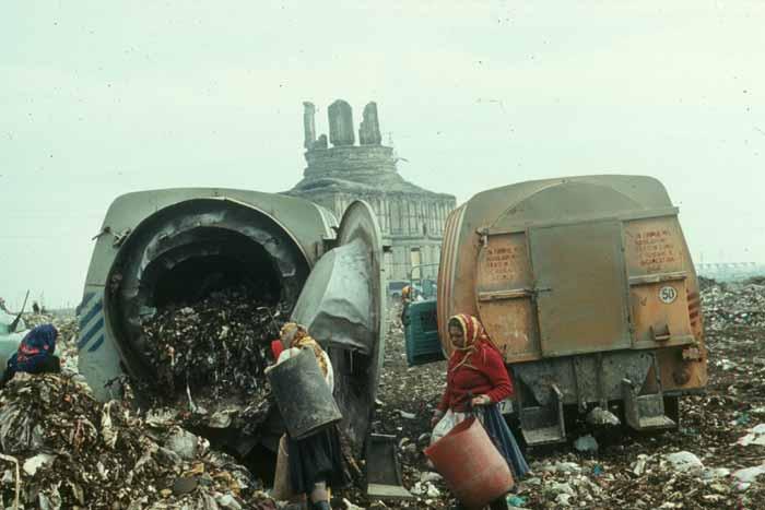 Slides - Garbage Pit 05 -